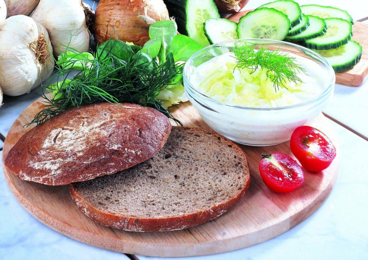Zaziki auf Fladenbrot - BCM Diät Rezepte.de
