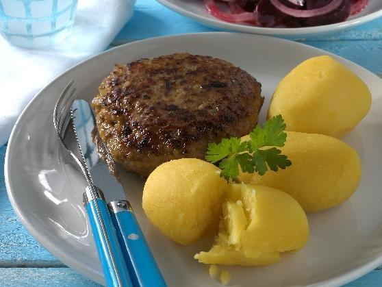Frikadellen mit Pellkartoffeln und Rote Bete Salat - BCM Diät Rezepte.de