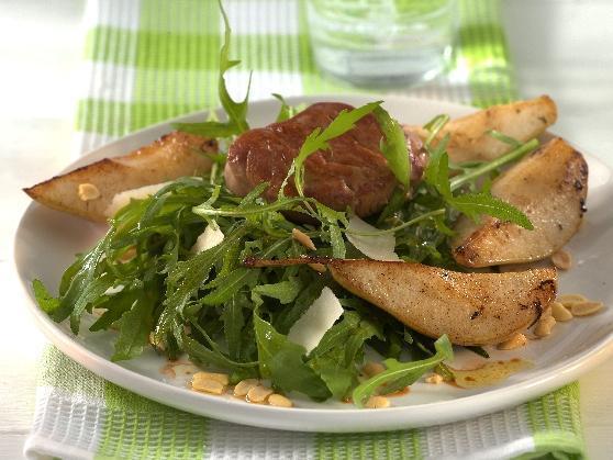 Schweinemedaillon mit gebratener Birne auf Rucolasalat - BCM Diät Rezepte.de