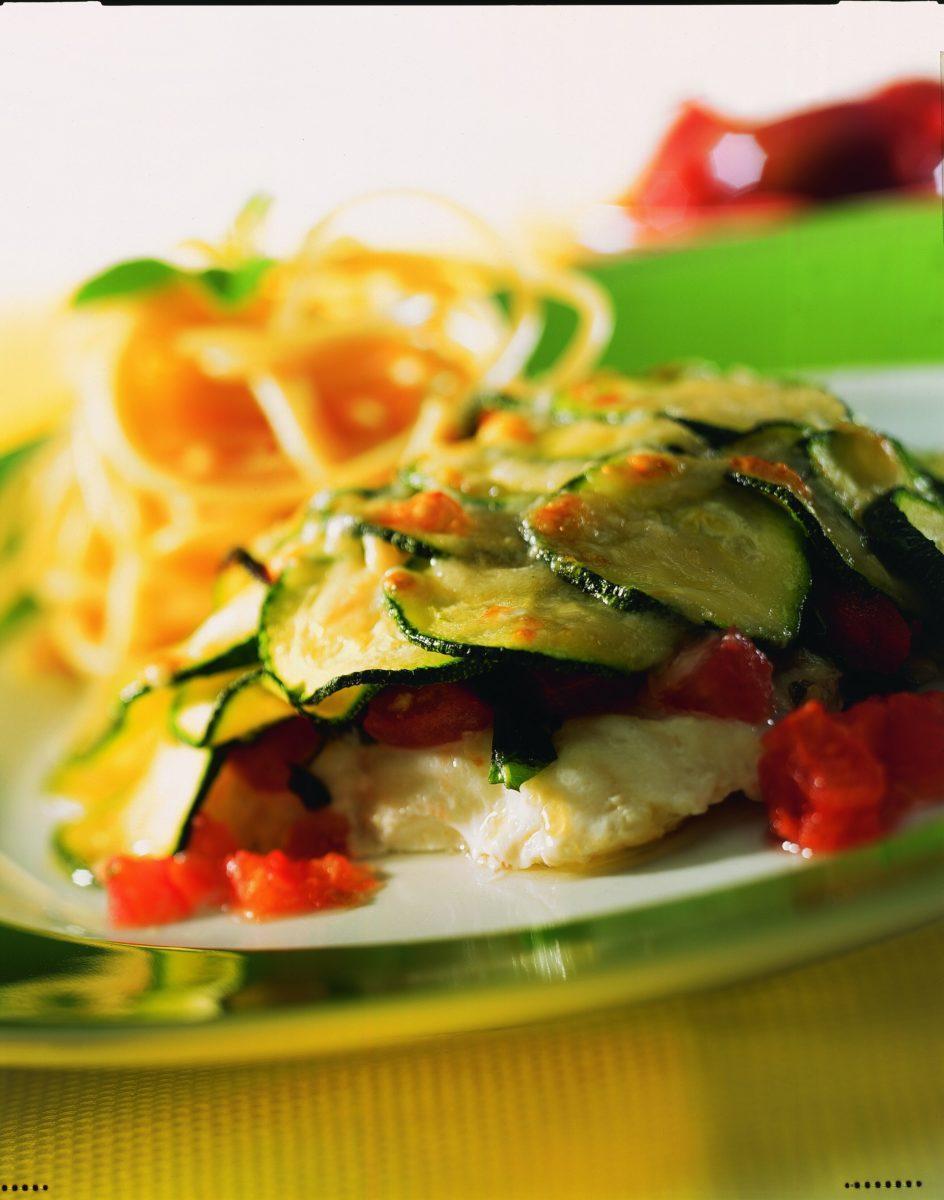 Dorschfilet mit Tomaten und Zucchini - BCM Diät Rezepte.de