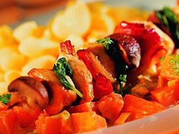 Hähnchenspieße mit Kürbisgemüse - BCM Diät Rezepte.de