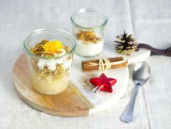 Dessert: Birnen-Crumble mit Zimtjoghurt