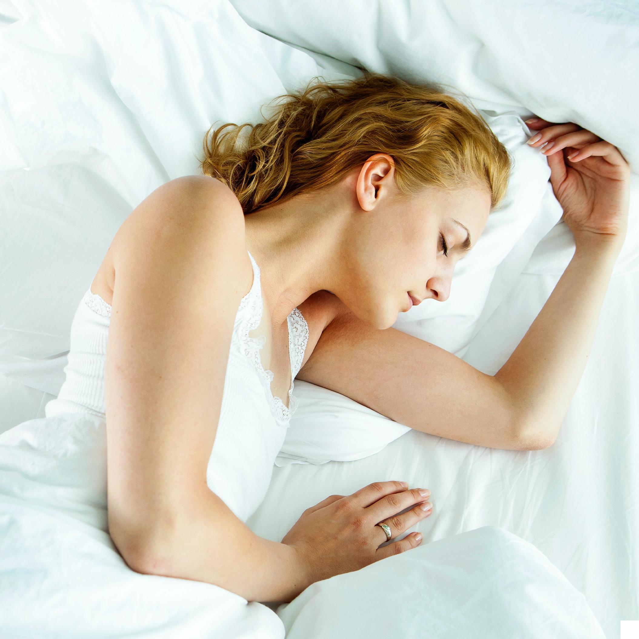 Rund-ausgeschnitten-schlafen